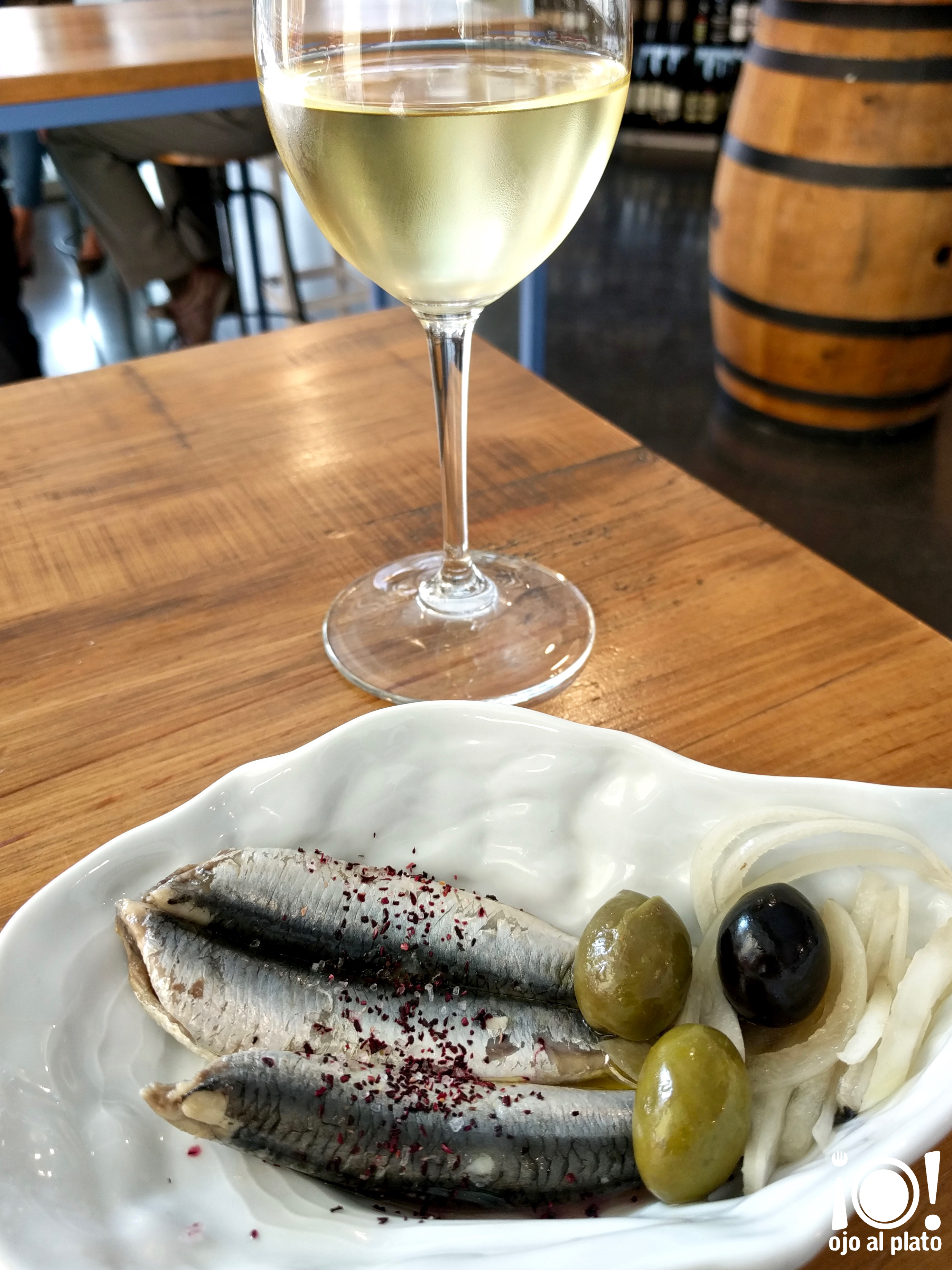 tapa vino vinostrum