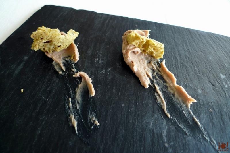 pan de aceitunas con paté de anchoas