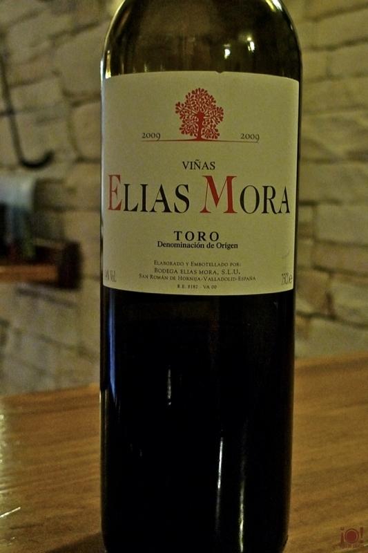 06_elias-mora