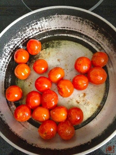 Saltear tomate cherry