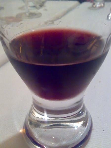 vino dulce con moras